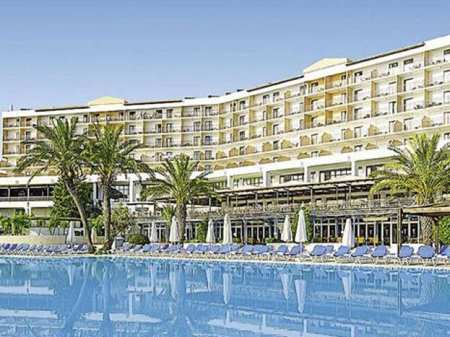 Ο όμιλος Atlantica αναλαμβάνει τη διαχείριση των δύο ξενοδοχείων της Aldemar στη Ρόδο