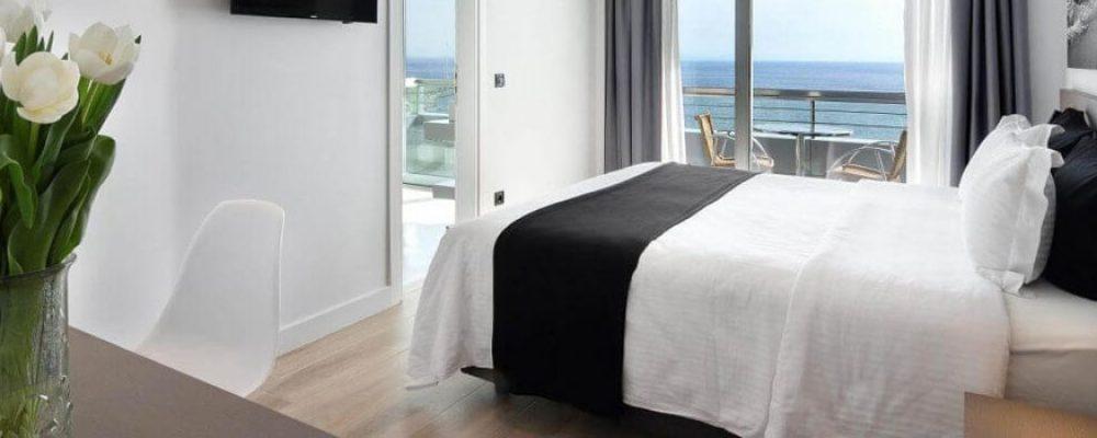Επαναλειτουργεί την 1η Ιουνίου το Poseidon Hotel στην παραλιακή της Αθήνας